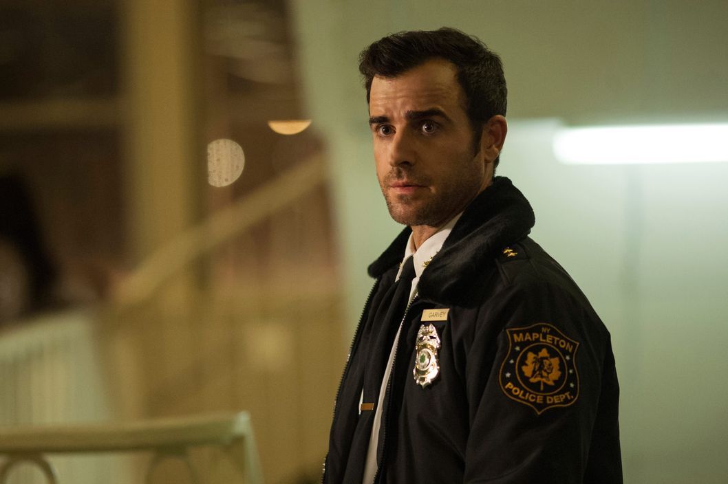 "HBO  2014The Leftovers Episode 105""B.J. and the A.C.""Characters-Justin Theroux-  KevinFrank Harts-  Deputy Dennis Luckey"