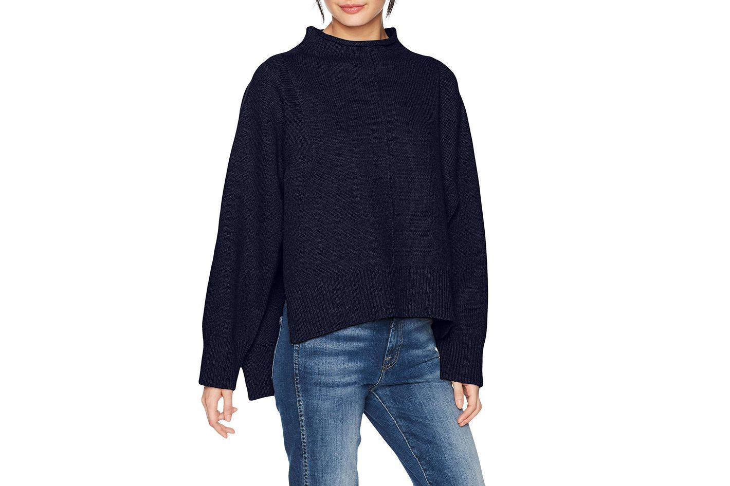 Moon River Women's Mock Neck Boxy Boyfriend Sweater