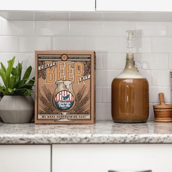 Beer Brewing Kit in White House Honey Ale