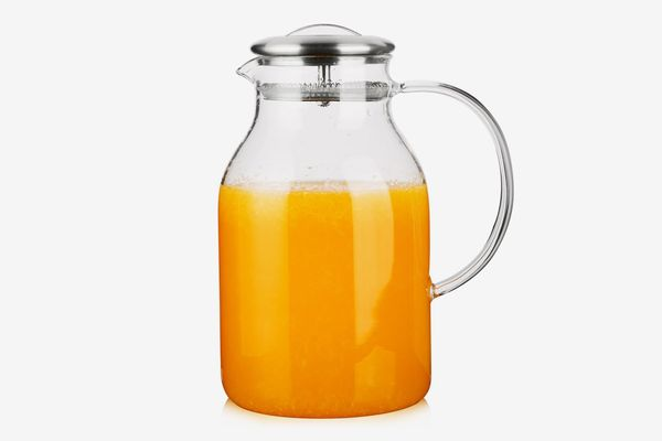 Hiware 68 Ounces Glass Pitcher With Lid and Spout