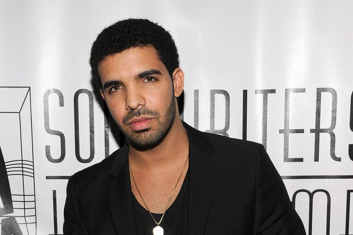 NEW YORK, NY - JUNE 16: Drake holding Hal David Starlight award during the Songwriters Hall of Fame 42nd Annual Induction and Awards at The New York Marriott Marquis Hotel - Shubert Alley on June 16, 2011 in New York City.  (Photo by Larry Busacca/Getty Images for Songwriters Hall of Fame)