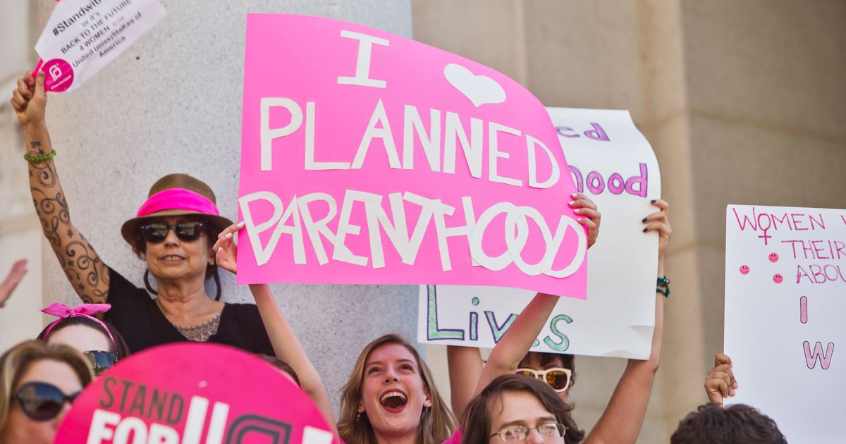 Planned Parenthood Joins Women's March on Washington