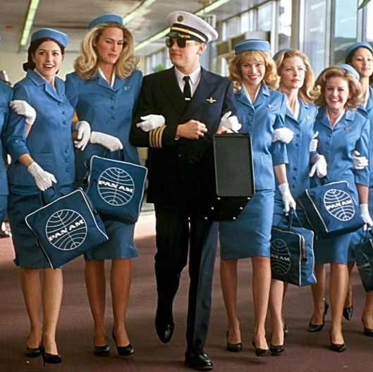 social issues in catch me if you can by frank w abagnale Catch me if you can conman issues stark warning on the dangers of revealing personal information on facebook 'world's greatest conman' frank abagnale says social.