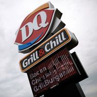 Dairy Queen Worker Gets Caught Spitting on Cop's Hamburger