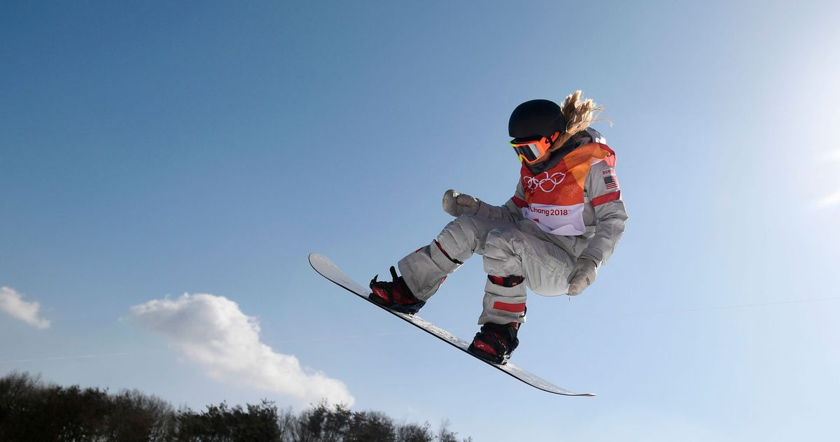 15 Best Snowboarding Jackets For Men Women And Kids 2020 The Strategist New York Magazine