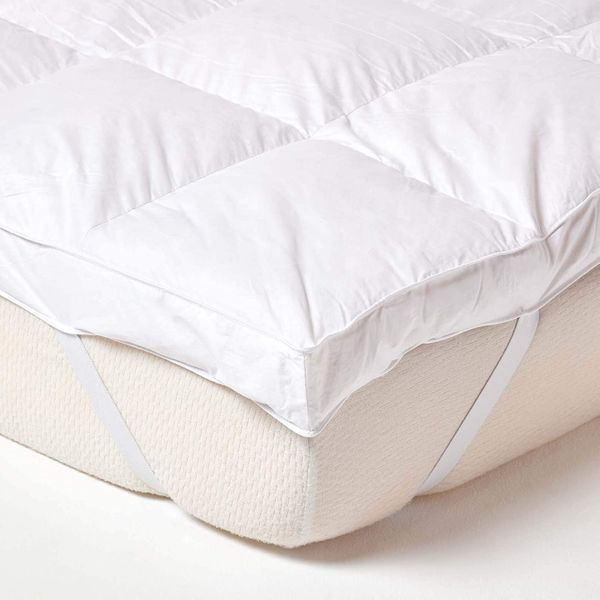 HOMESCAPES White Goose Feather Mattress Topper 7cm Deep Extra Thick Bed Topper