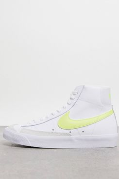 Nike Blazer Mid '77 Trainers in White and Yellow