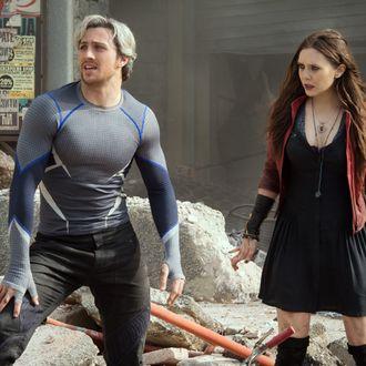 Marvel's Avengers: Age Of Ultron Quicksilver/Pietro Maximoff (Aaron Taylor-Johnson) and Scarlet Witch/Wanda Maximoff (Elizabeth Olsen) Ph: Jay Maidment ?Marvel 2015