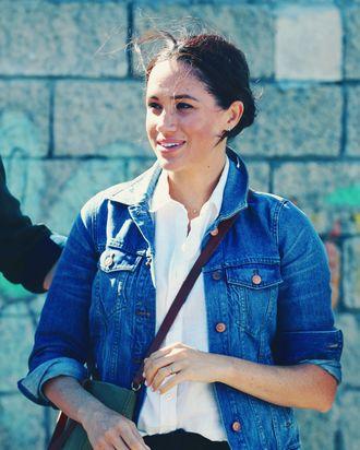 Meghan Markle wearing her