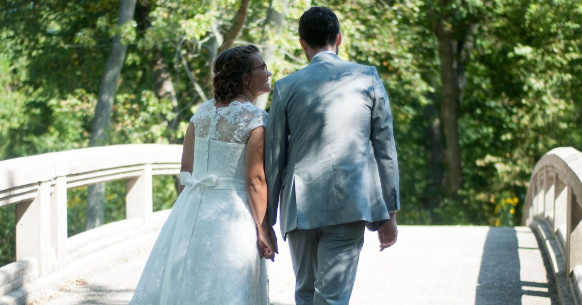 Is It Possible to Buy a $70 Wedding Dress on Amazon That Actually Looks Nice?
