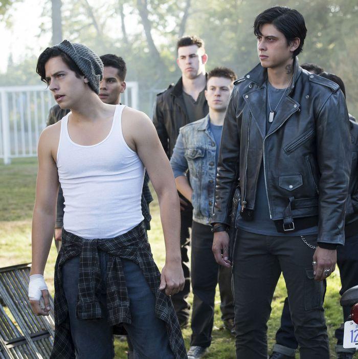 Riverdale Recap Season 2 Episode 5 When A Stranger Calls