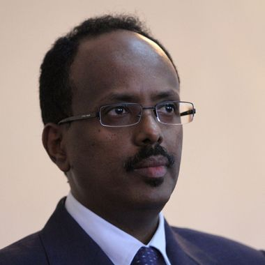 Somalia Prime Minister Mohamed Abdullahi Mohamed speaks during a press conference at the presidential palace in Mogadishu, as he announces his resignation in compliance with the Kampala accord, on June 19, 2011  .AFP Photo/ STRINGER (Photo credit should read STRINGER/AFP/Getty Images)
