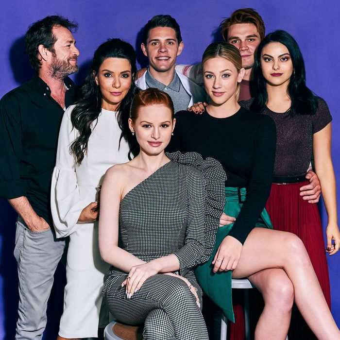 Riverdale how the stars spent their summer vacation riverdale a milkshake of noir murder mystery and teen drama returned for its second season this week promising a story thats darker and hornier than m4hsunfo