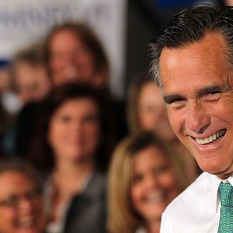 Republican presidential candidate and former Massachusetts Governor Mitt Romney speaks to supporters on April 11, 2012 in Hartford, Connecticut.