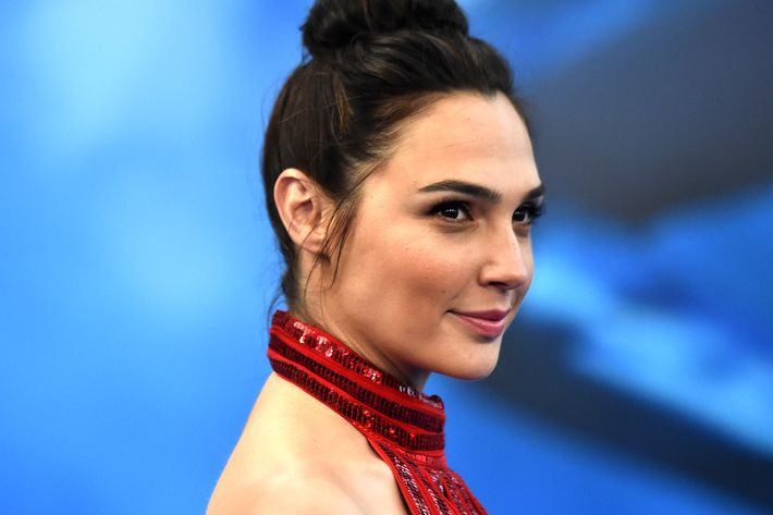 Gal gadot wonder woman salary why it was so low gal gadot photo getty images voltagebd Images