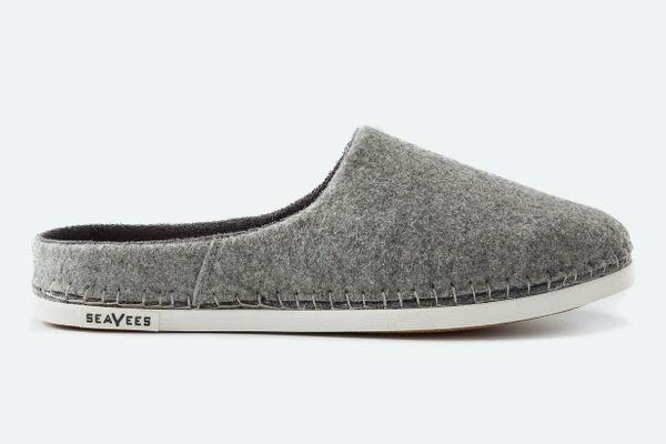 SeaVees Women's Mule Slipper