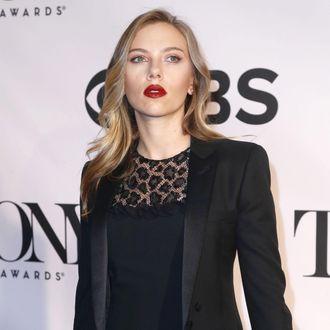 Scarlett Johansson==The 67th Annual Tony Awards==Radio City Music Hall, NYC==June 09, 2013.