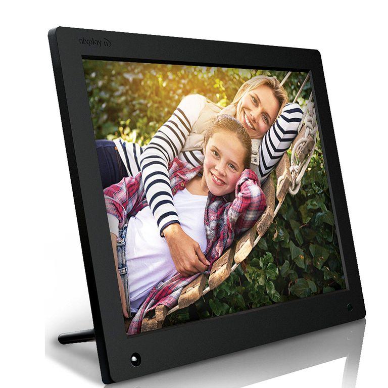 "Nixplay Wi-Fi Cloud Digital Photo Frame 18.5"""