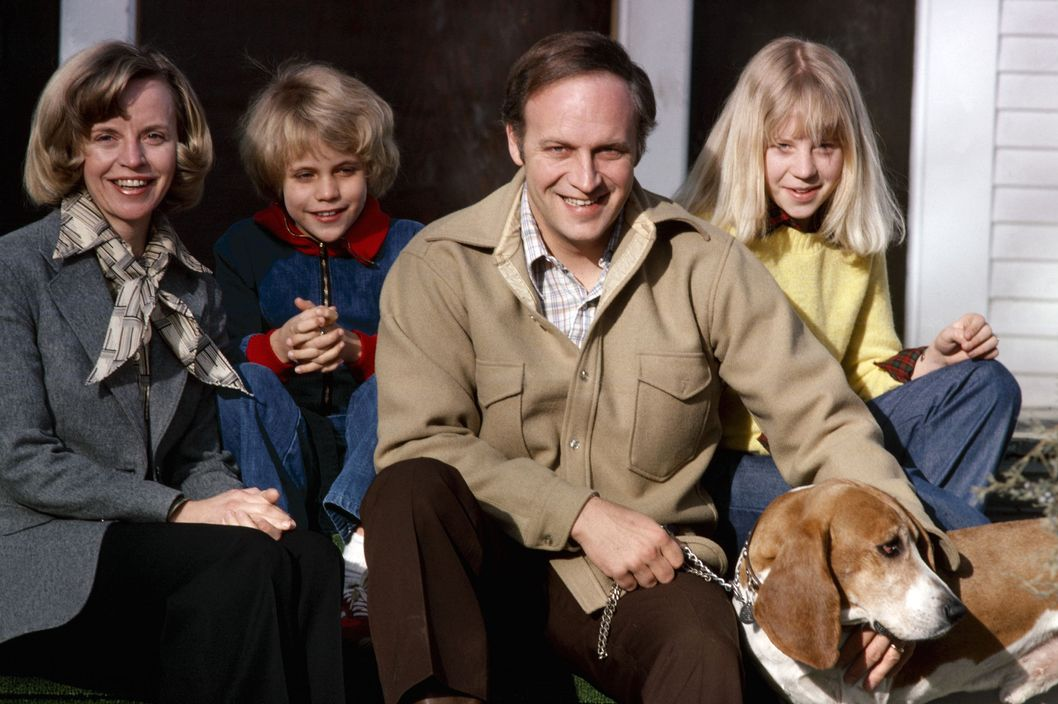 Congressman Dick Cheney and wife Lynne pose for a photo with their two children Liz (L) and Mary and Basset Hound Cyrano at their home March 1978 in Casper, Wyoming.