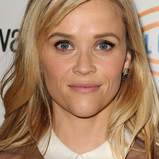 BEVERLY HILLS, CA - NOVEMBER 21:  Actress Reese Witherspoon attends the 12th annual Lupus LA Hollywood Bag Ladies luncheon at The Beverly Hilton Hotel on November 21, 2014 in Beverly Hills, California.  (Photo by Jason LaVeris/FilmMagic)