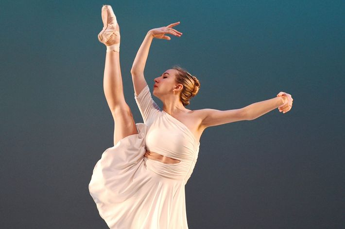 Isabella Boylston actively tries to find joy in her work.