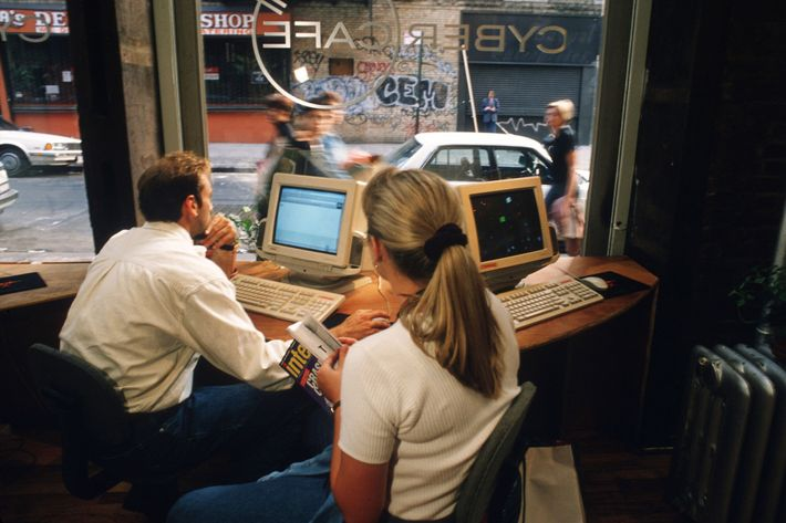 Computer Cafes In New York City