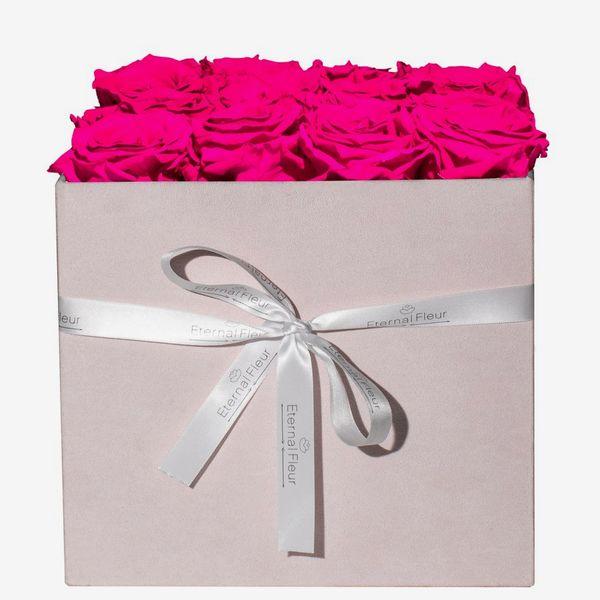Eternal Fleur Pink Velvet Grand Square, 16 Roses