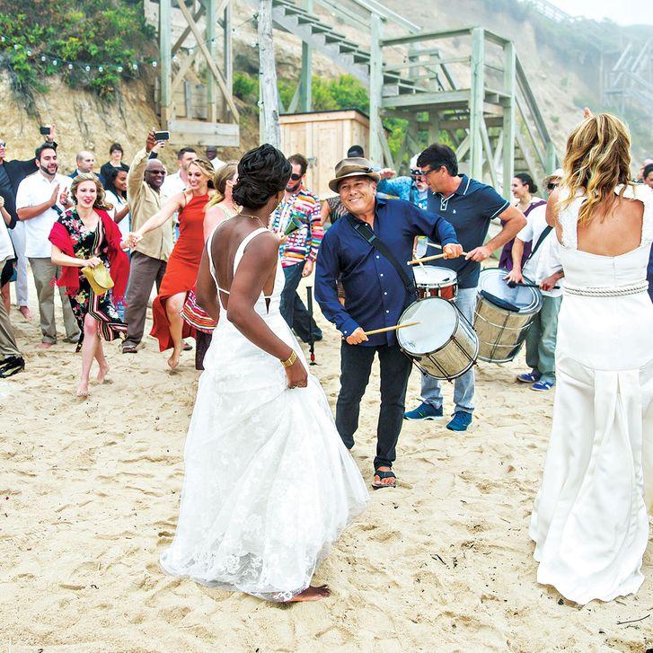 Секс война и свадебный танец
