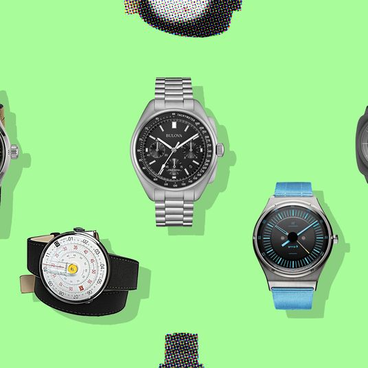 11 Expert Approved Watches For Men Under 200