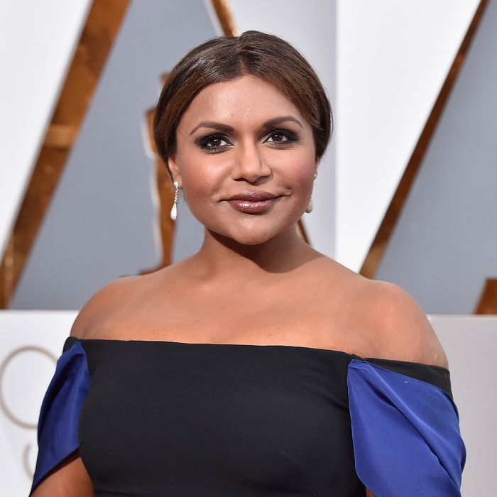 Mindy Kaling Sends People Cupcakes To Apologize For Being