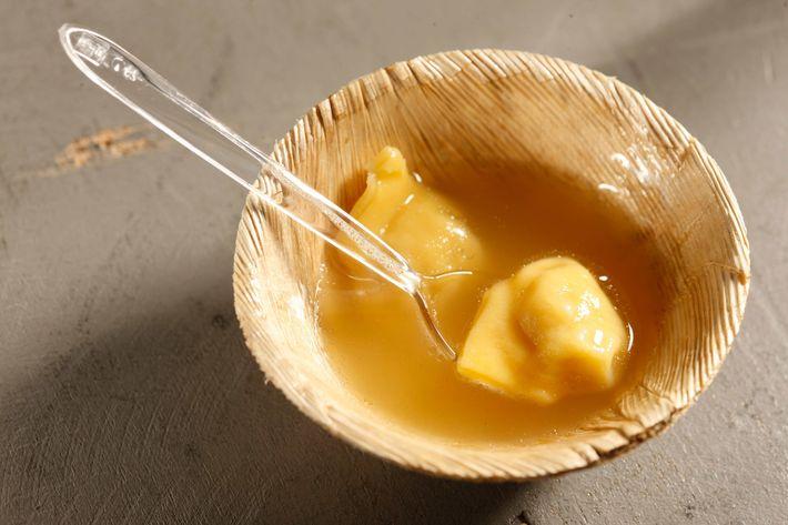 Osteria Morini: Tortellini in brodo.