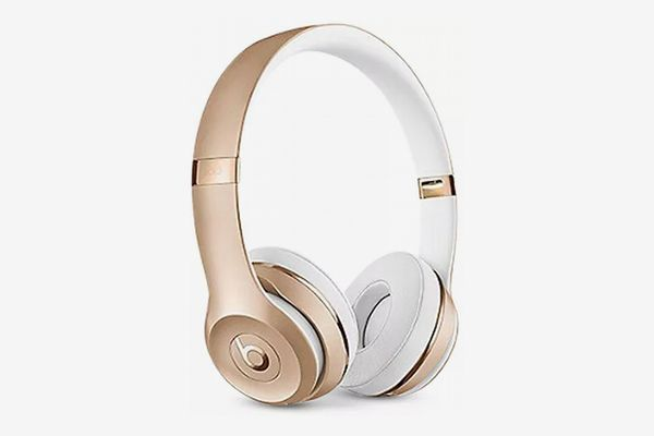 Beats by Dr. Dre Solo3 Noise-Cancelling Bluetooth Wireless Headphones