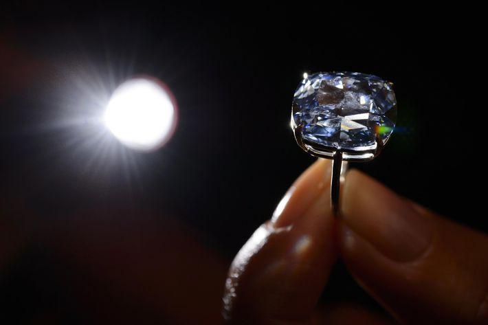 """The $48.4 million """"Blue Moon of Josephine."""""""