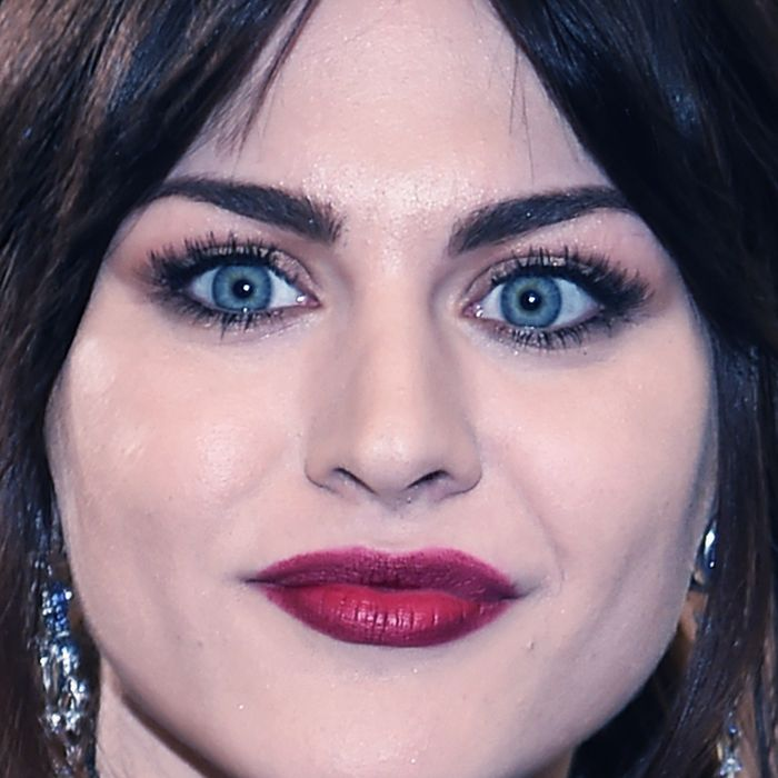 How much frances bean cobain makes from her fathers estate heres how much frances bean cobain makes a month from her fathers estate freerunsca Images