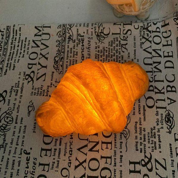 DAMEING Croissant Night-Light
