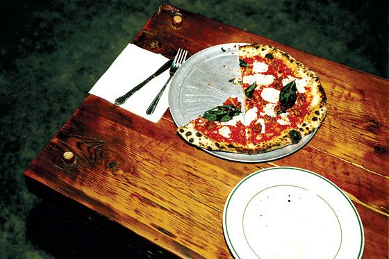 A margherita pie at Paulie Gee's.