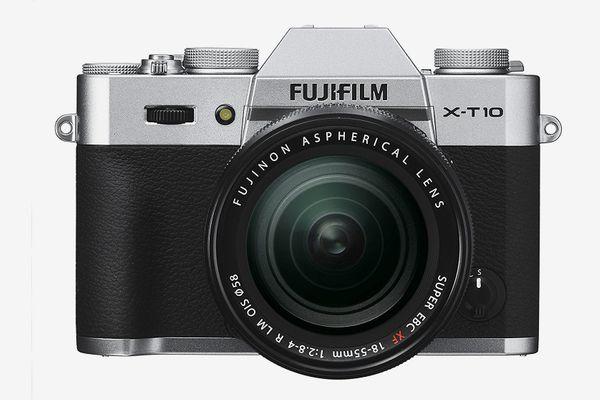 Fujifilm X-T10 Silver Mirrorless Digital Camera Kit With XF18-55mm F2.8-4.0 R LM OIS Lens