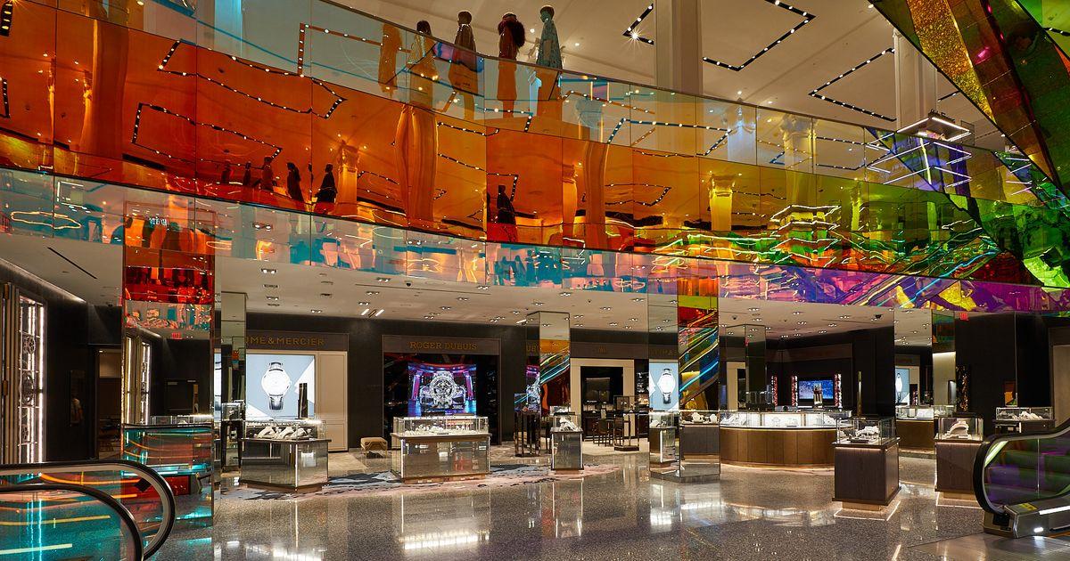 Saks Fifth Avenue Opens New Jewelry Floor, The Vault