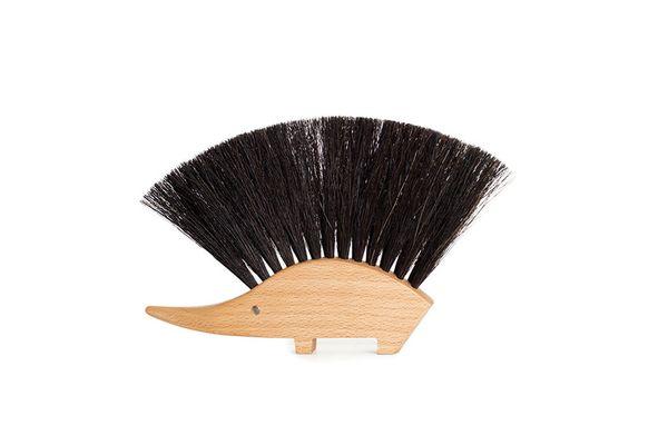 Beechwood Hedgehog Tabletop Brush