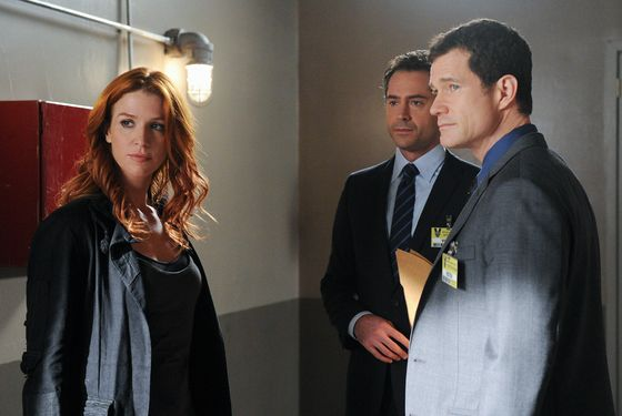 """Check Out Time"" --ADA Adam Gilroy (Omar Metwally, center) discusses the case against a suspect in the murder of a hotel guest with Detectives Carrie Wells (Poppy Montgomery) and Al Burns (Dylan Walsh, right), on UNFORGETTABLE, Tuesday, OCT. 4  (10:00-11:00 PM ET/PT) on the CBS Television Network.    Photo: Heather Wines/CBS©CBS Broadcasting Inc. 2011. All Rights Reserved.  #Unforgettable"