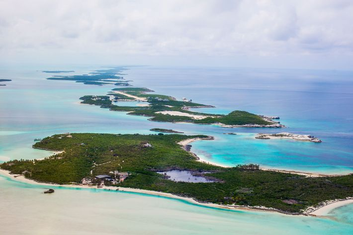 New lawsuit alleges stars were told to stay away from Fyre Festival