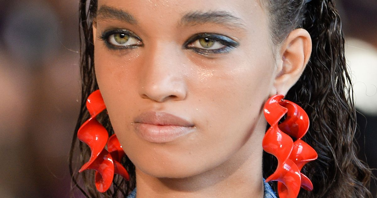 Spring 2017 Backstage Beauty Lessons From Ford, Altuzarra