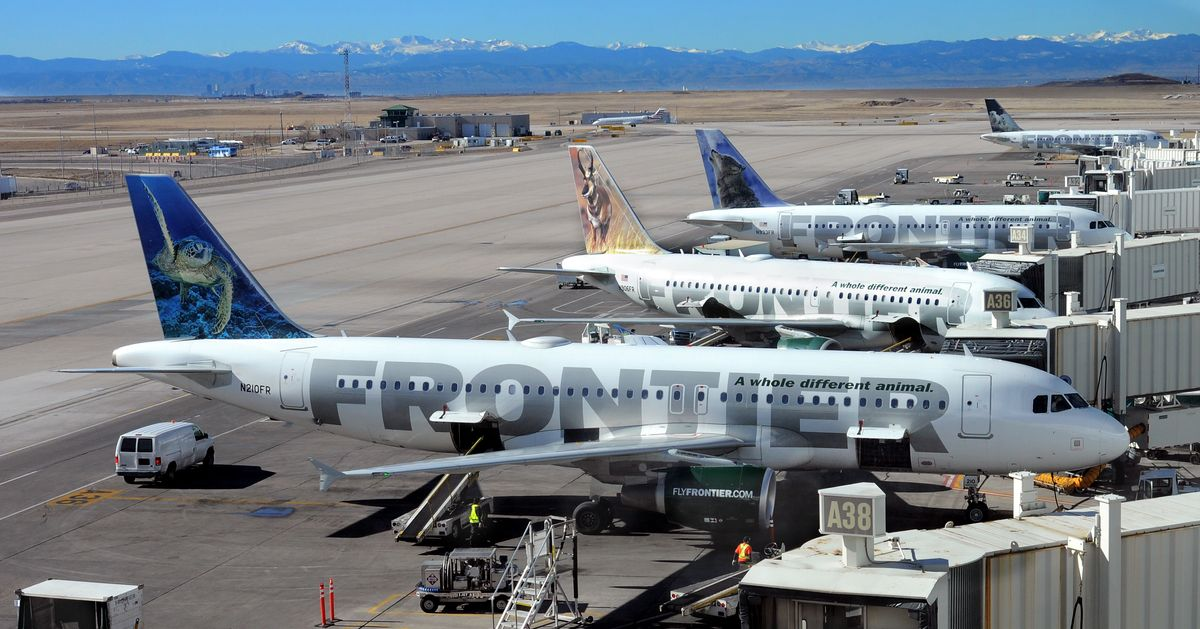 Frontier Airlines Flight Attendants Ready to Protest Low Pay