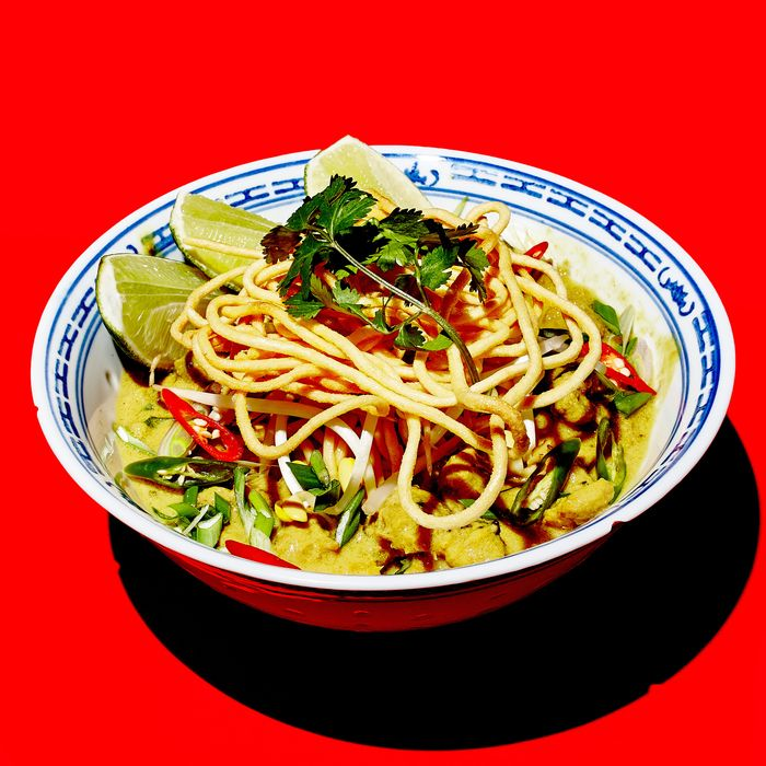Some say kaukswe is a progenitor of khao soi.