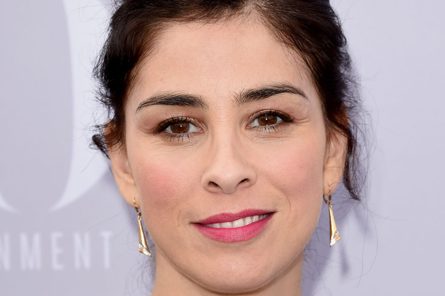 sarah silverman reveals nearly fatal experience with epiglottitis