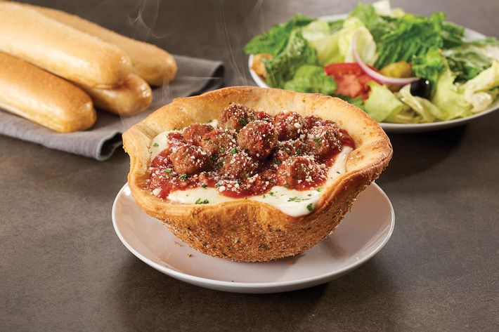 Olive Garden Unleashes Meatball Stuffed Pizza Bowl