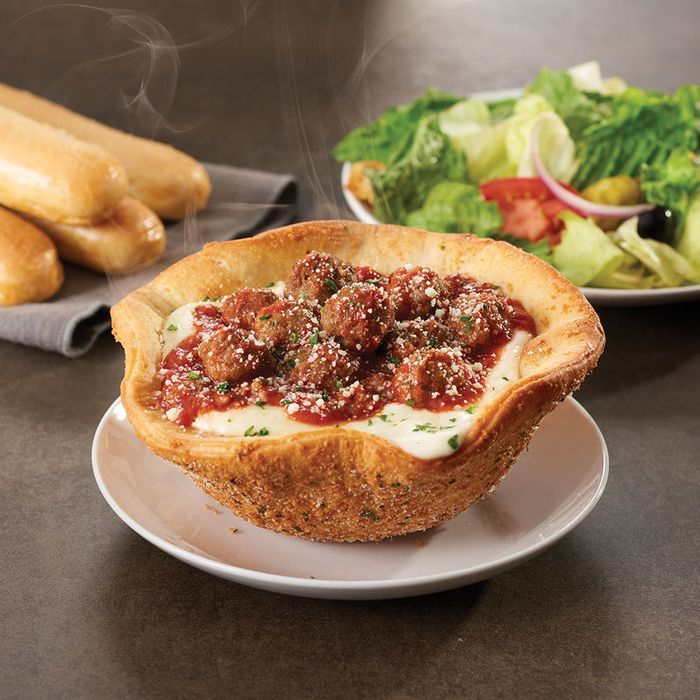 Olive Garden Unleashes Meatball-Stuffed 'Pizza Bowl'