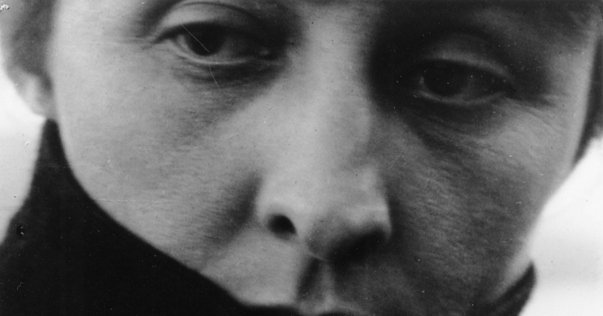 See Alfred Stieglitz's Haunting Portraits of Georgia O'Keeffe