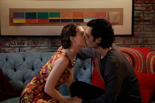 "Gossip Girl ""The Fugitives"" Pictured (l-r) Leighton Meester as Blair Waldorf and Penn Badgley as Dan."