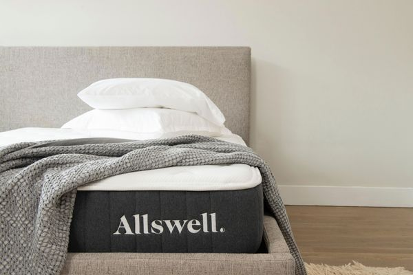 Allswell 10 Inch Bed in a Box Hybrid Mattress King